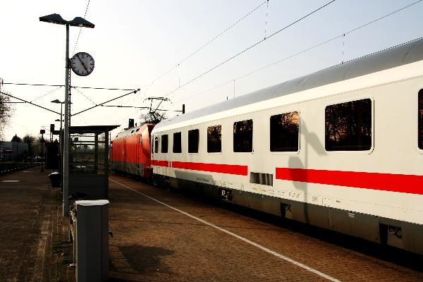Bahn Augustfehn Anfahrt